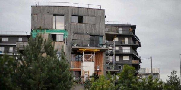 Installation D Un Balcon Metallique Le Blog Suspendu